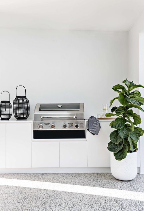 50 Outdoor Kitchen Ideas In Built Bbqs Cabinets Pizza Ovens