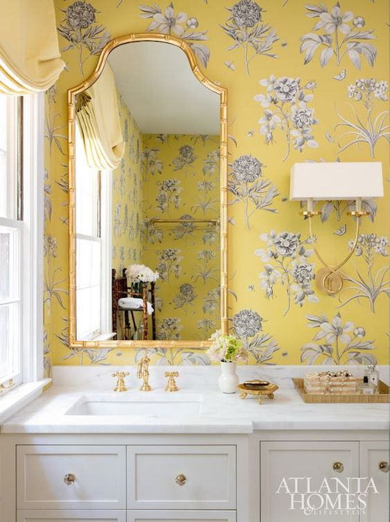 wallpaper in yellow floral