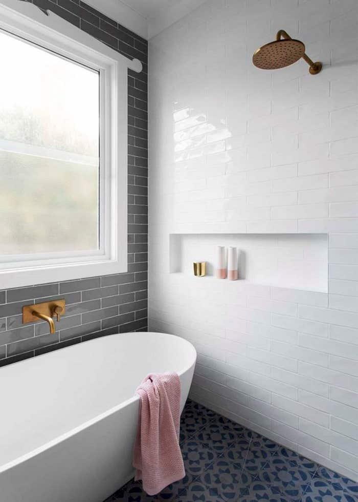 bath-shower-niche