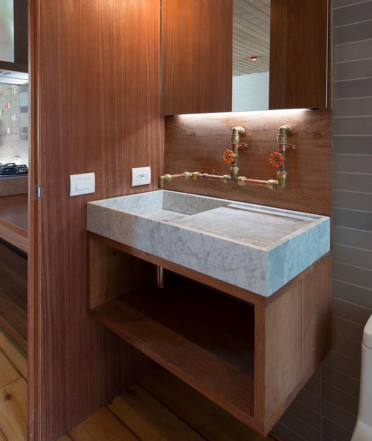 bathroom faucet and tapware