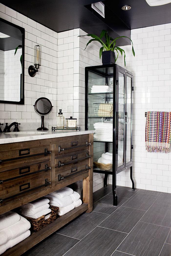 industrial-upcycle-bathroom