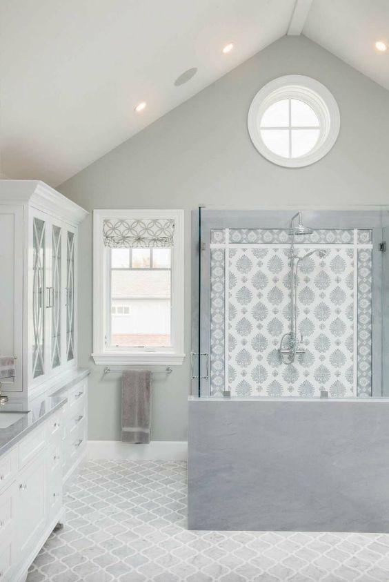 Grey hamptons bathroom