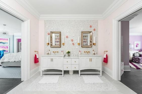 35+ Jack and Jill bathroom ideas - his and her ensuites ...