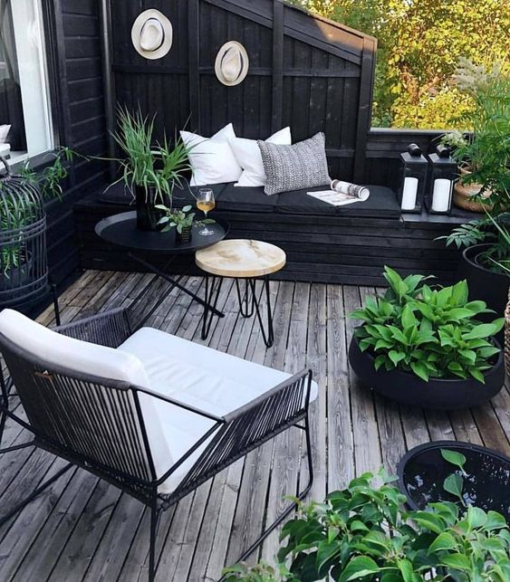 black and green contrast patio