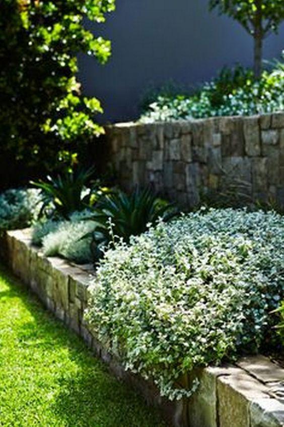 front yard retaining wall terrace garden