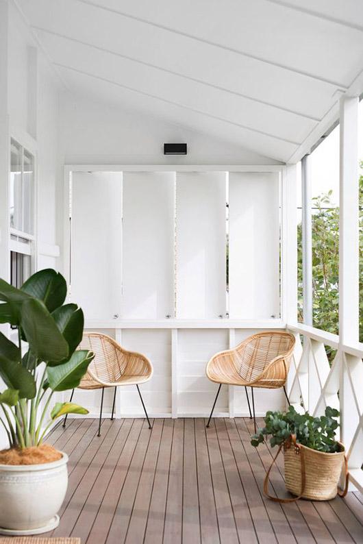 minimalist tropical garden on patio
