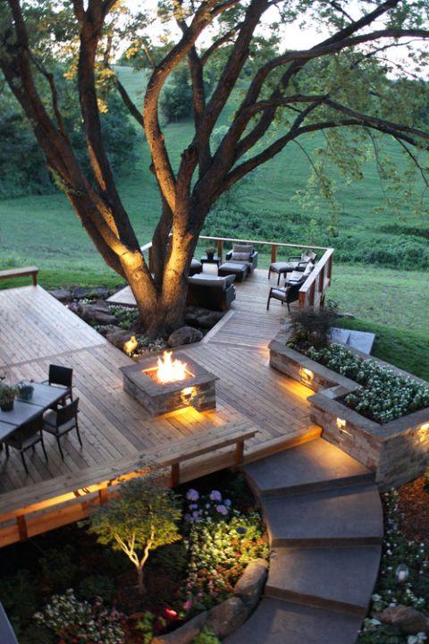 terraced around a tree