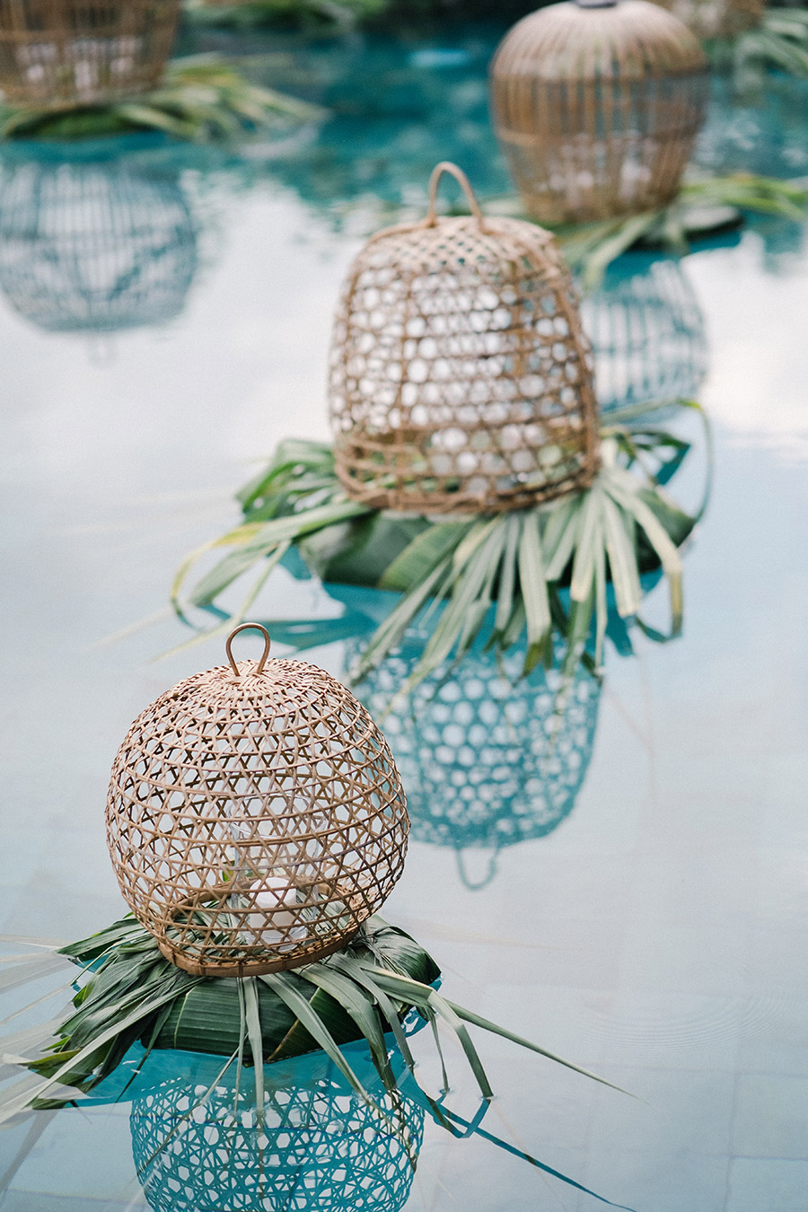 woven decor for tropical garden design
