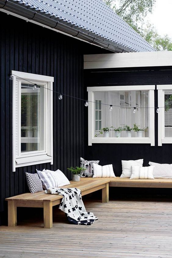 black verandah ideas