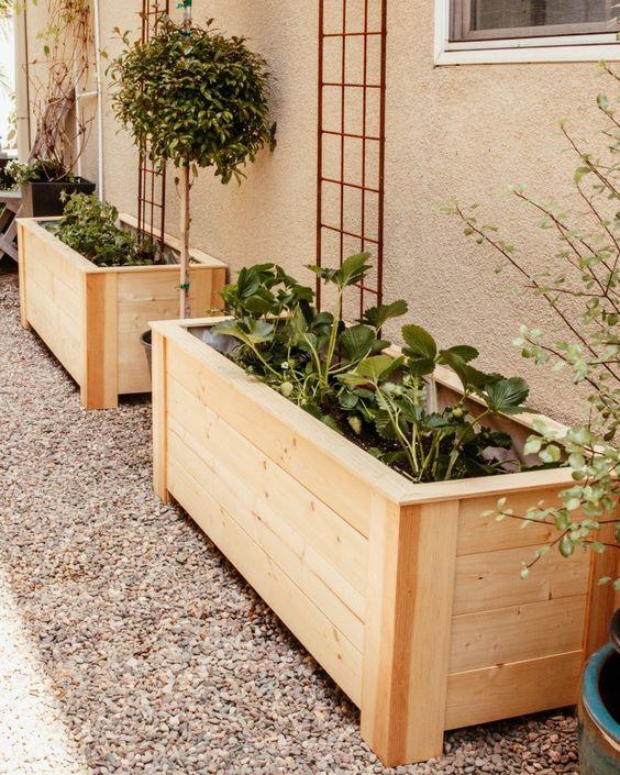 side path planters
