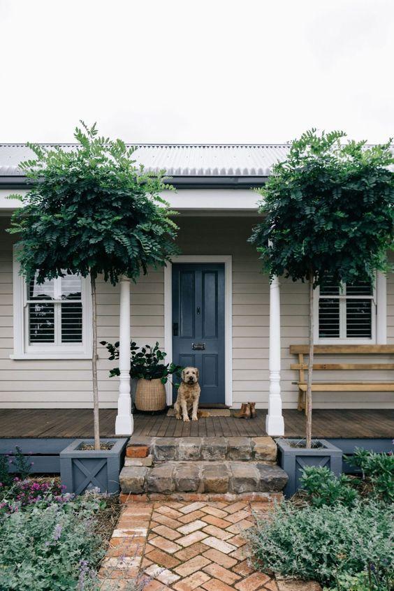 symmetrical standards - verandah ideas