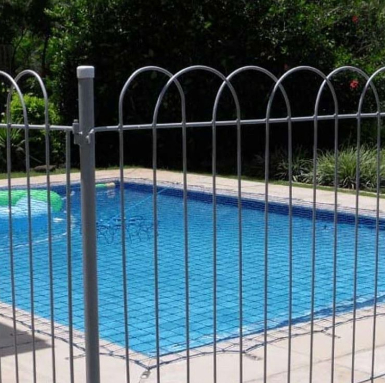 Arched pool fence