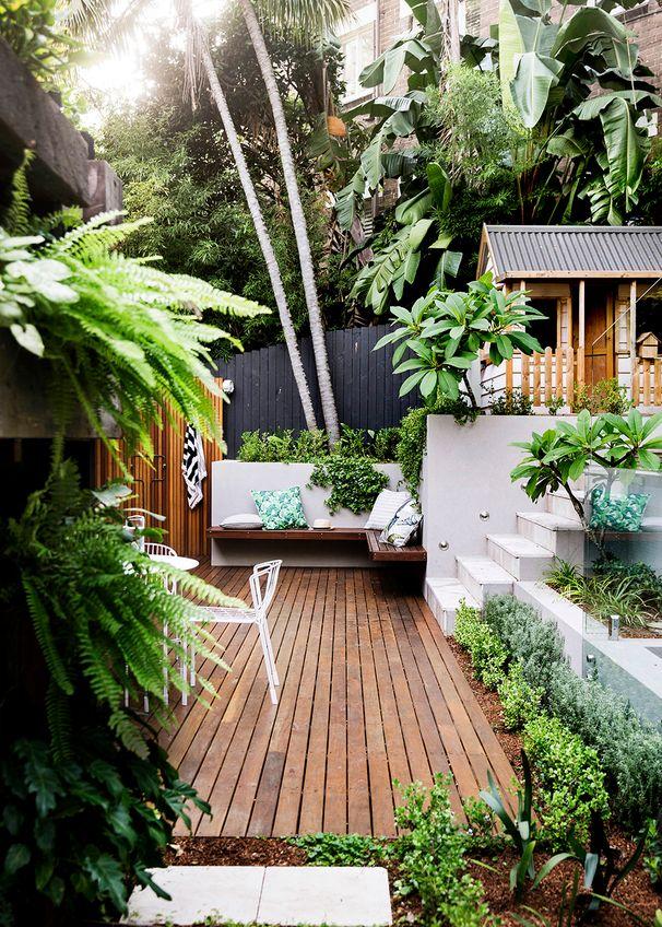 Modern-terraced-garden-patio