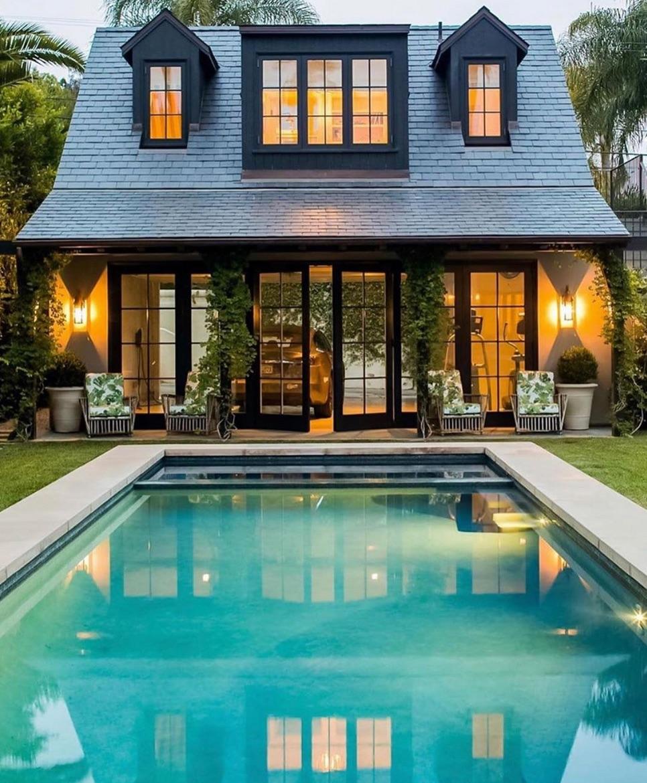 Hamptons cottage backyard small pool