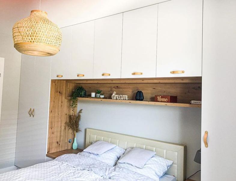 bed head storage built in