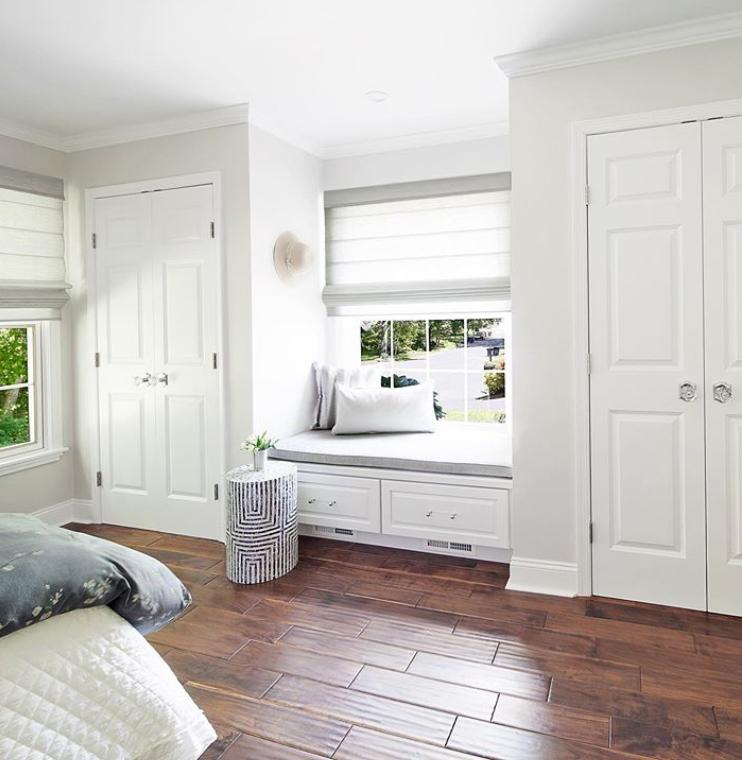 bay window bedroom storage