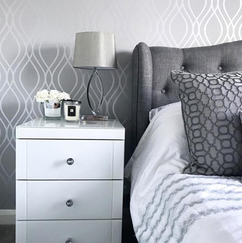 metallic patterned wallpaper