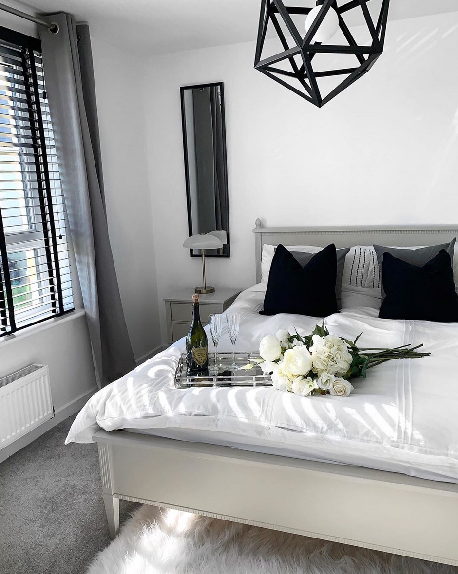 Curtains for a black and white bedroom
