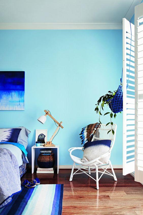 aqua toned blue bedroom
