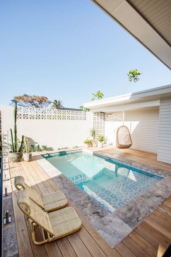 beachy pool deck ideas