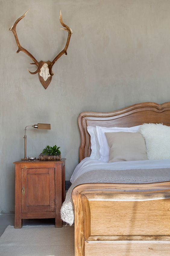 modern farmhouse with antlers