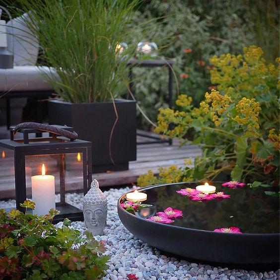 reflective water bowls