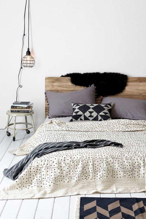 super cosy modern farmhouse bedroom