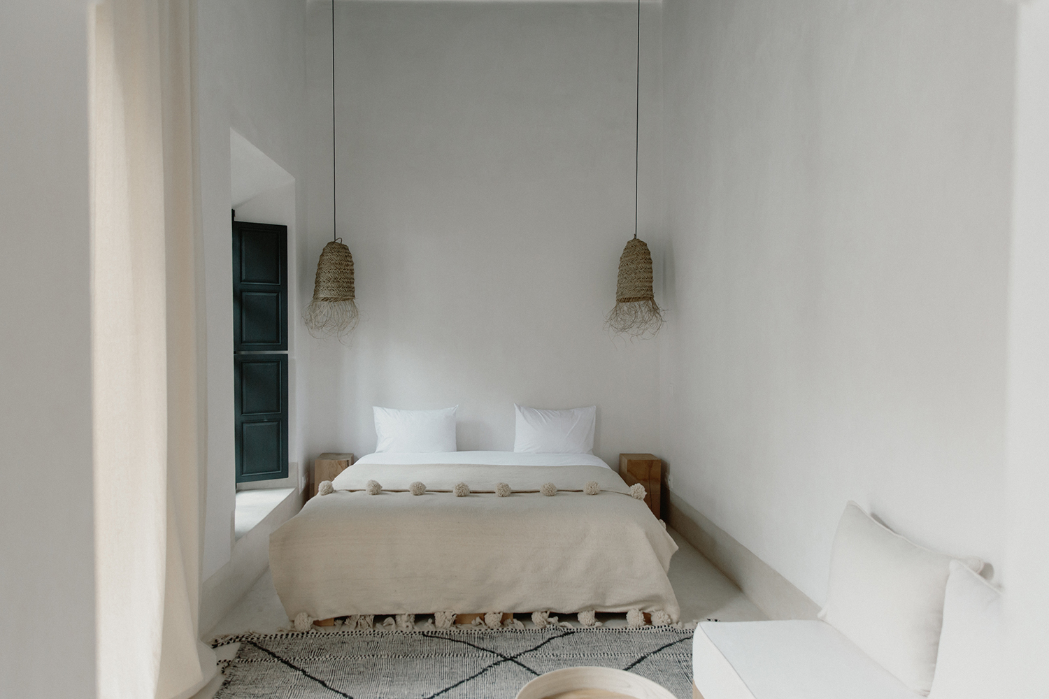 minimalist moroccan bedroom