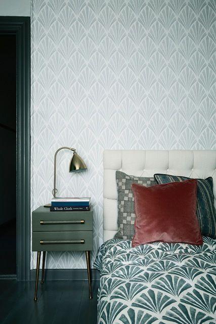 Art Deco bedroom wallpaper