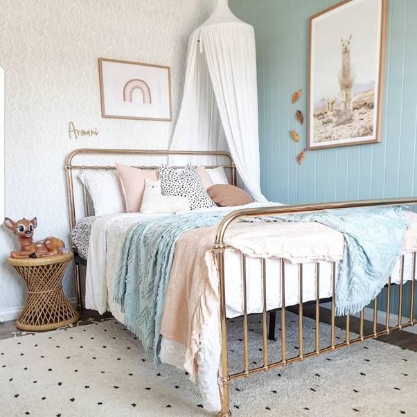 incy girls rose gold bedroom