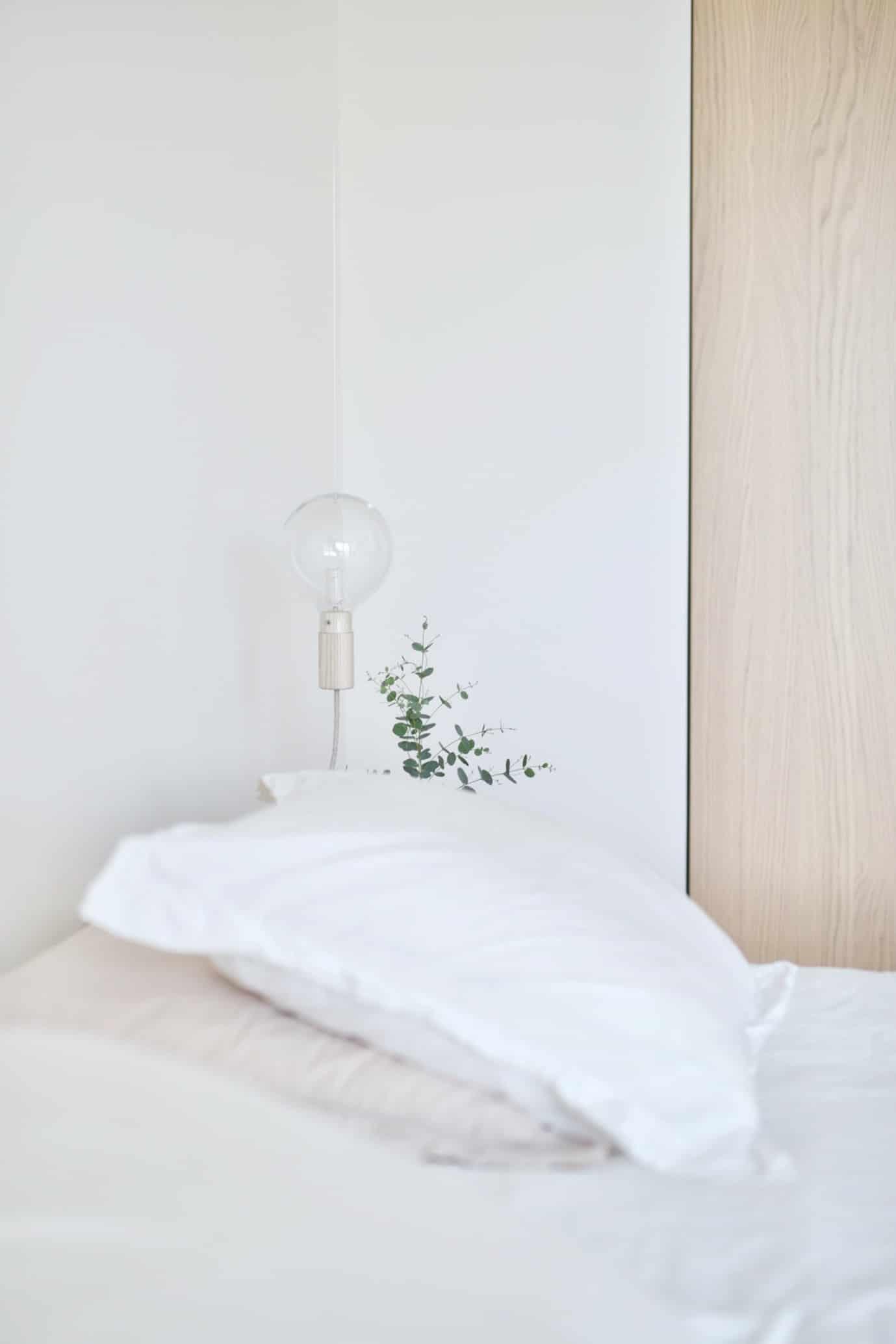 pastel-bedroom-faint-pastel