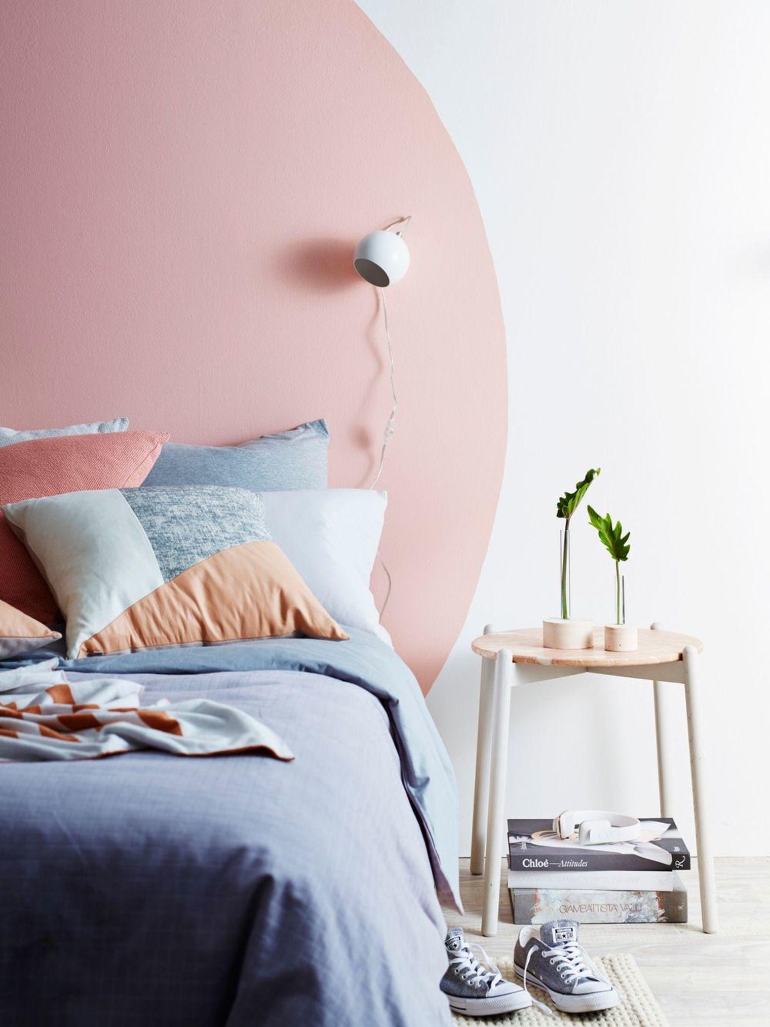 pastel-circle-bedroom-wall