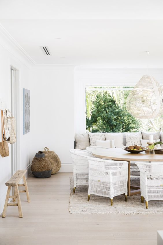 alfresco vibes for Hamptons dining room