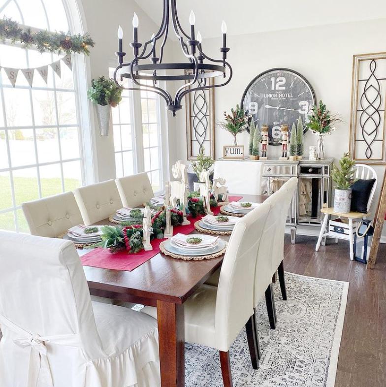 Christmas dining room setting