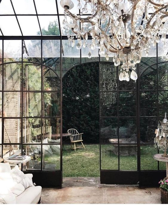 classic and romantic conservatory