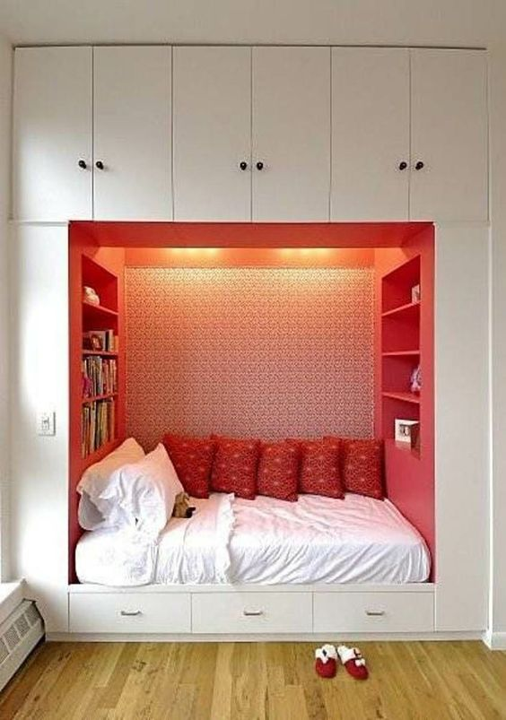 red book nook