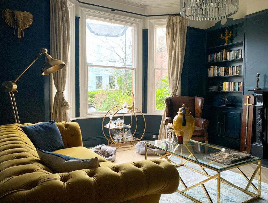 Living room with a bay window