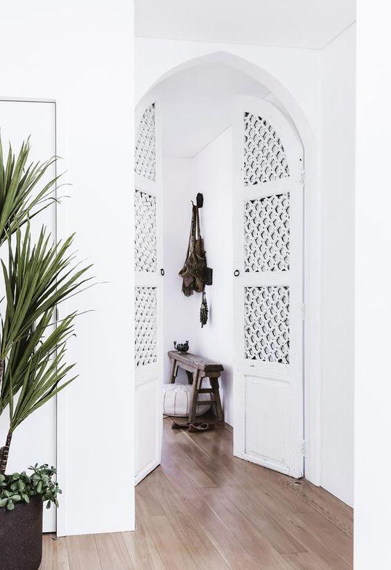 arched latticed doors