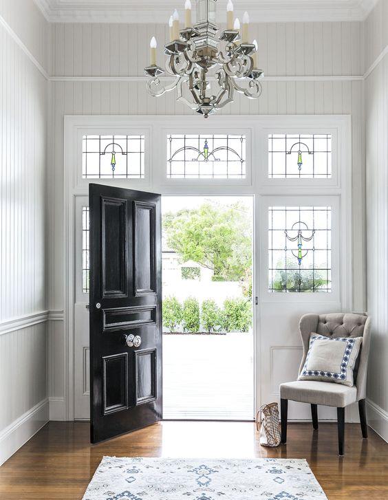 heritage with glossy black door