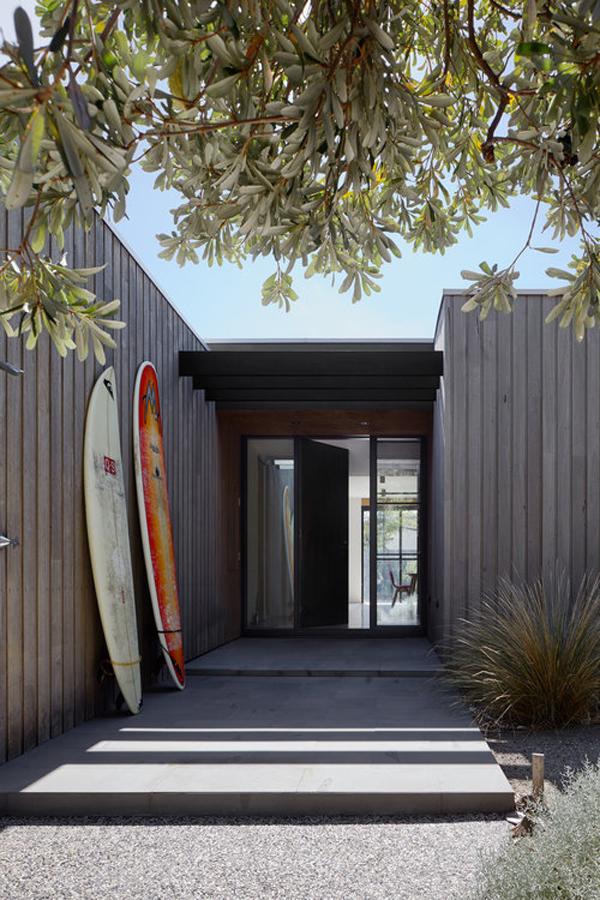 surf shack front door