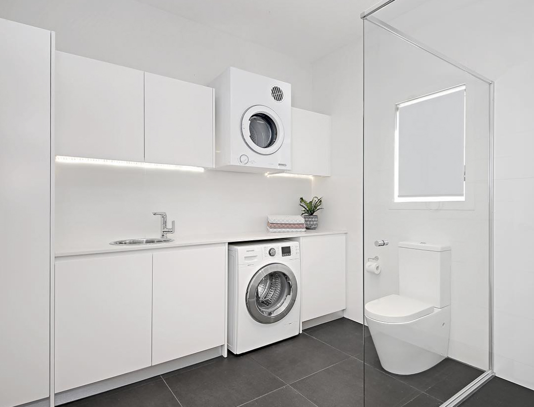 35 Beautiful bathroom laundry ideas