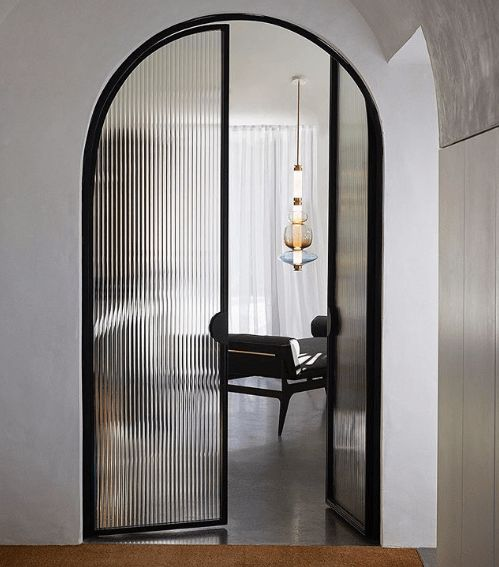 arched fluted