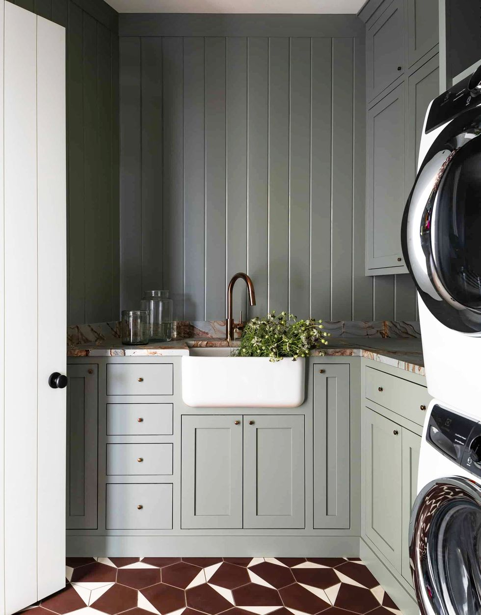 brown-laundry-tiles