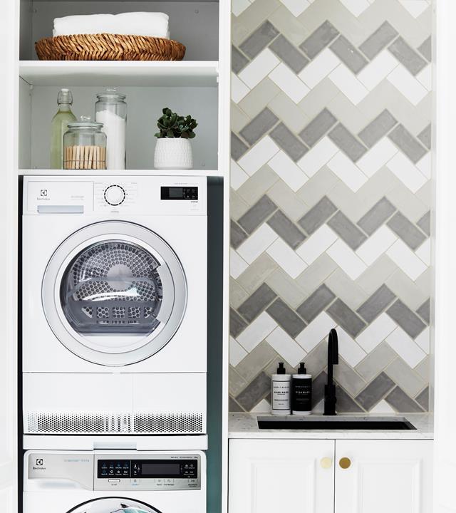 chevron-laundry-tiles