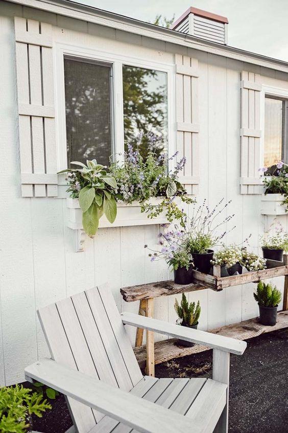 farmhouse window box