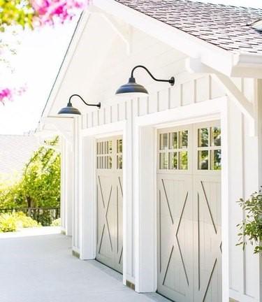 white farmhouse garage door ideas