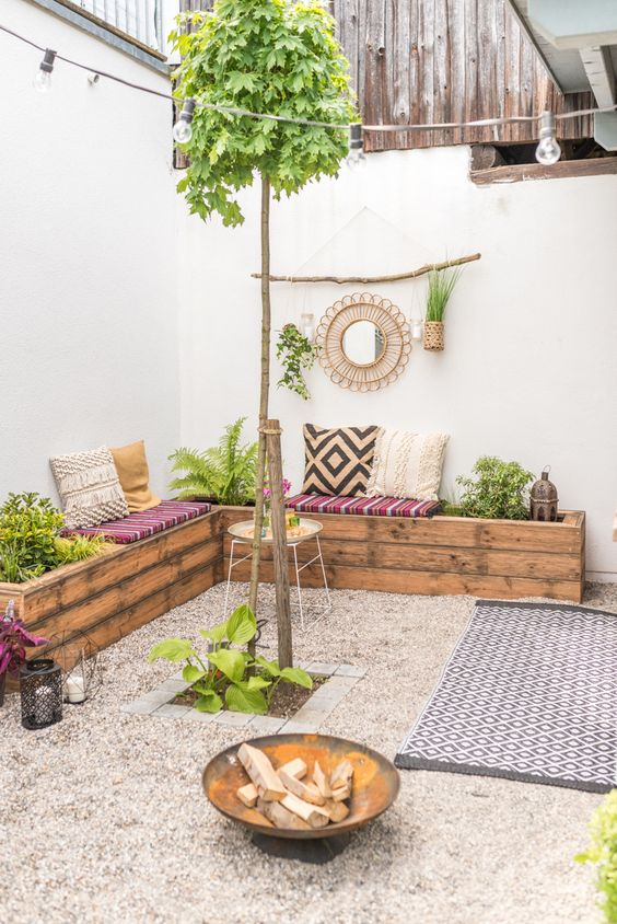 boho patio with gravel