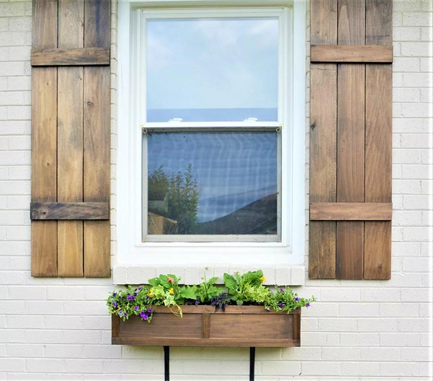 rustic-window-box