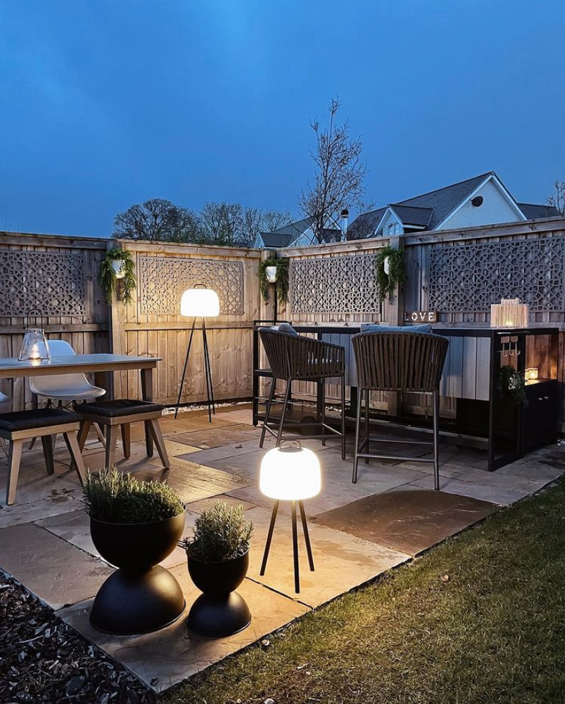 Garden bar at night