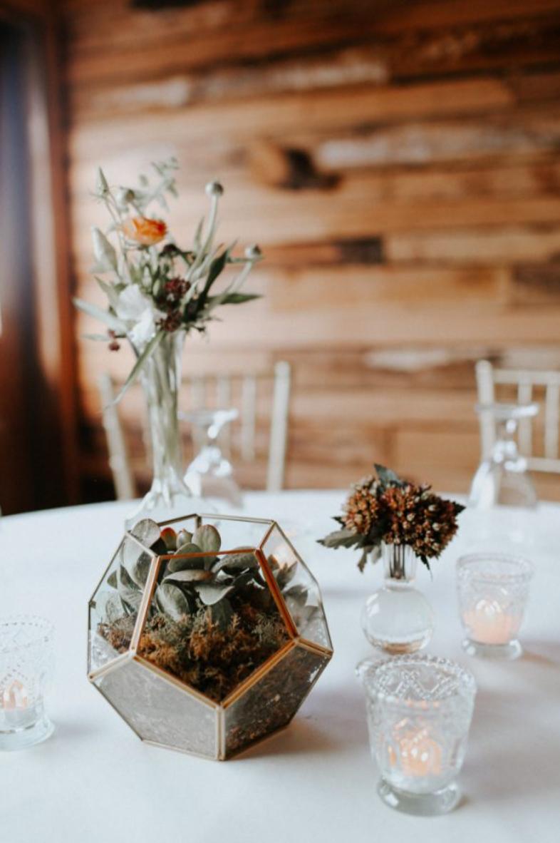Terrarium table wedding decorations